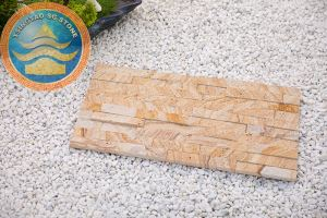 Yellow Wood Grain Sandstone Culture Stone